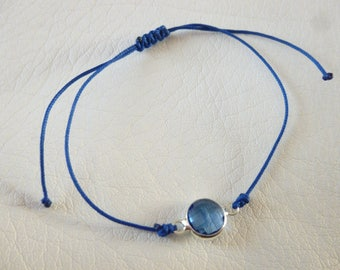 Blue jade wire and blue glass spacer bracelet