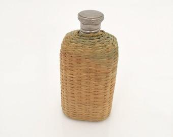 Vintage Flask/  Basket Straw Wrapped Hip Flask.