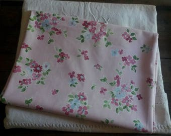 """Shabby chic 45 X 50 cm fabric / fabric floral shabby chic and romantic / """"pink and blue flowers"""" pattern"""