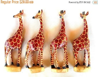 ON SALE WOODEN Giraffes, One Foot tall Wooden Giraffes, Giraffe statue, Wooden Giraffe Statue, Wooden Giraffe Decor, Giraffe Decor, Giraffe