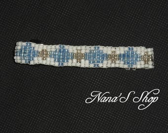 hair clip, in woven, white and blue beads