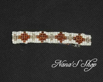hair clip, woven, white and Brown beaded