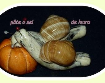 couple of snail in salt dough