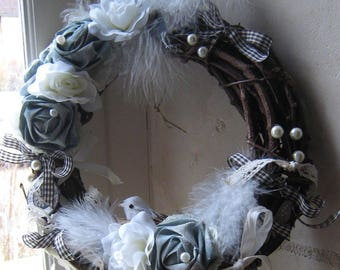 Delicate Crown and shabby chic