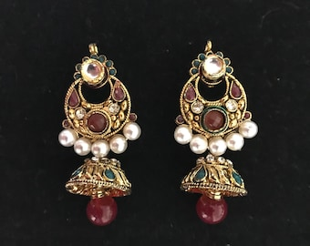 Indian Jhumkas. Red indian earrings. Indian pearl earrings. Bollywood zhumkas.