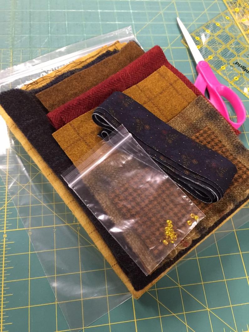 Pineapple Homestead wool applique kit