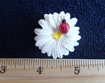 Ladybug Daisy Pin