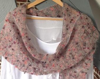 """Knit shawl handmade in thread collection """"Aod ar vein ruz"""""""