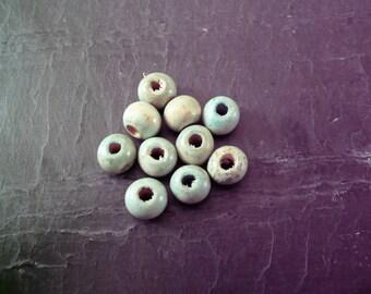 Lot 200 9 mm light green wood beads