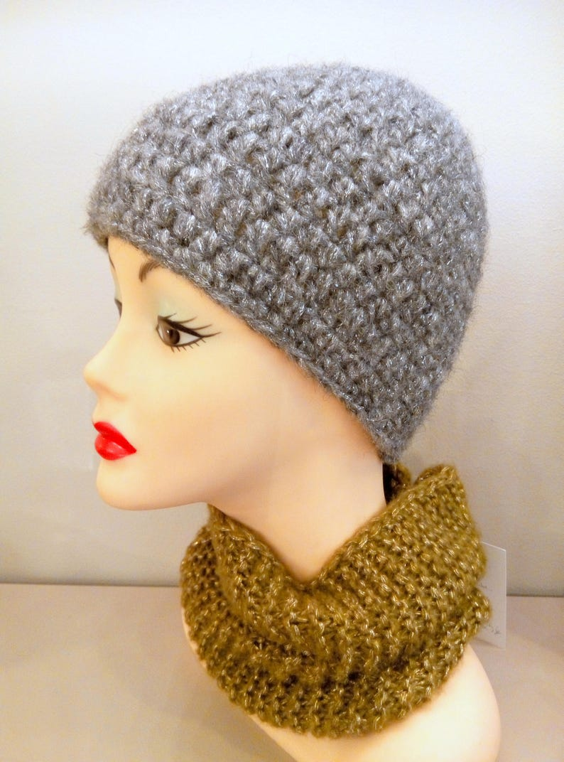 c23046bdb77 Hat woman alpaca wool Pearl gray and silver hook soft and