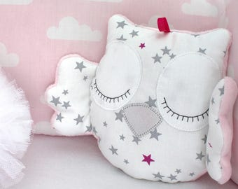 Little owl cushion white and pink with grey stars