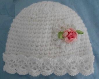 b3a3918dc02e bonnet bébé,bonnet bébé fleur au crochet Bonnet de bapteme en laine bonnet  bébé crochet,bonnet naissance dentelle,