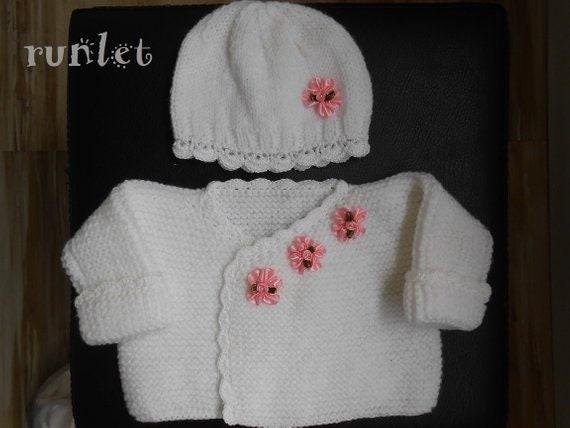 df7c95384a1 Brassière naissance blanche bonnet bébé laine gilet