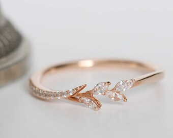 b83b79d6f96 Gorgeous Natural leaf band ring