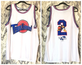 aa15bd9c092e Warner Bros 1996 Space Jam Daffy Duck  2 White Basketball Jersey XL Tune  Squad