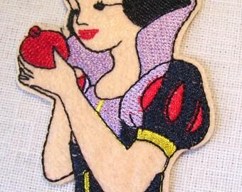PRINCESSE BLANCHE NEIGE Pomme ** 6 x 9 cm ** Écusson patch brodé thermocollant - Applique à repasser