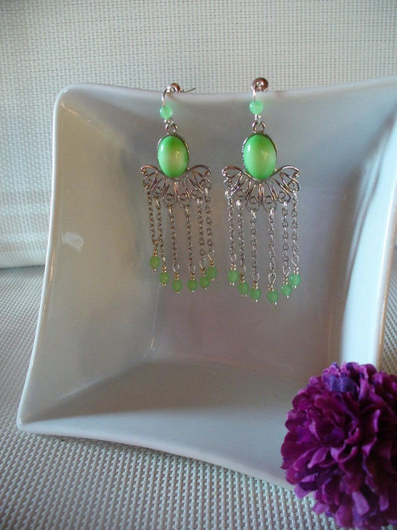 Chandelier earrings silver and green