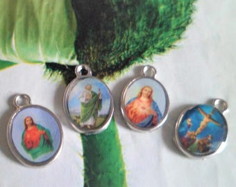 4 medals Catholic, Jesus, Saint Judas t, Jesus on the cross, heart of Jesus, size 15 x 10 mm, charms, pendants QFS: 05