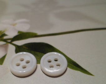 10 buttons seashell 9 mm white fresh water Pearl