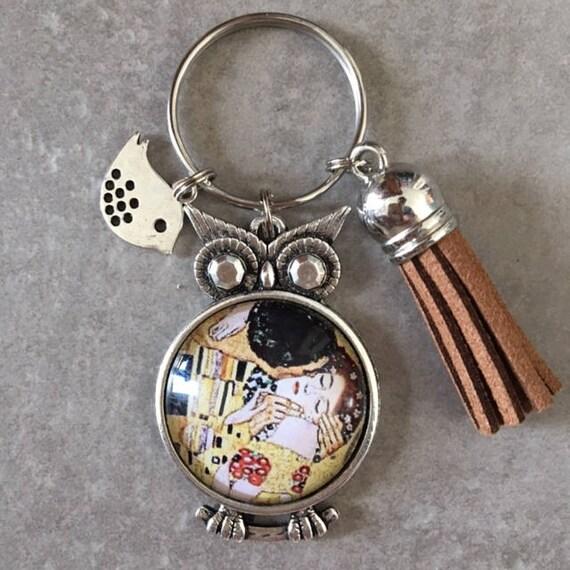 be06b5bbfc4 La Baiser de Gustav Klimt Porte clés chouette cabochon verre