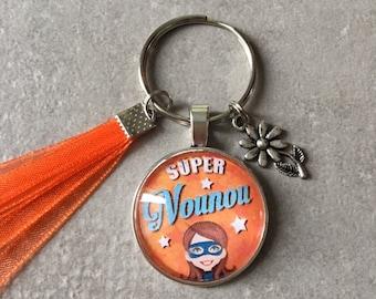 Nanny - Key ring round 25mm glass cabochon