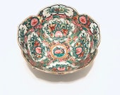 Stamped Rose Medallion Asian Chinoiserie Ceramic Bowl with Scalloped Rim Edges