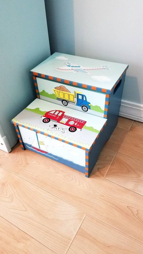Awesome Guidecraft Childs Handpainted Storage Step Stool Camellatalisay Diy Chair Ideas Camellatalisaycom