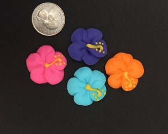 Hibiscus, 1 inch, royal icing, 12 pieces