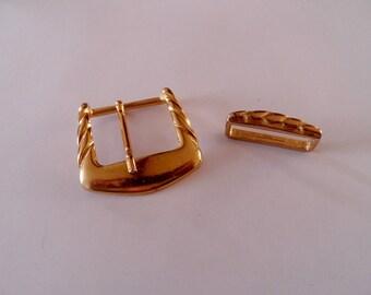 100fb4b8b1d boucle de ceinture ancienne dorée belle qualité