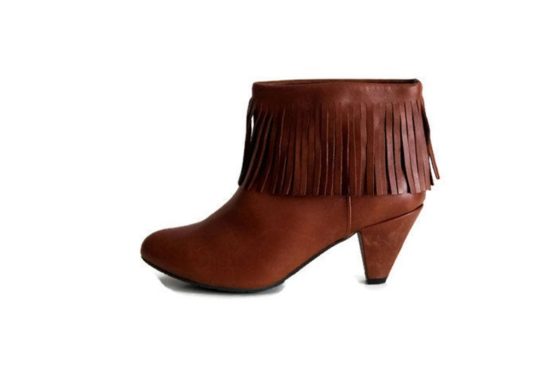 f6ffa7b8b6a3e BATA Designer ankle boots Eu 38 Uk 5 US 7.5 Brown genuine leather womens  boots Fringed Ankle boots Ankle booties Camel Brown heel boots