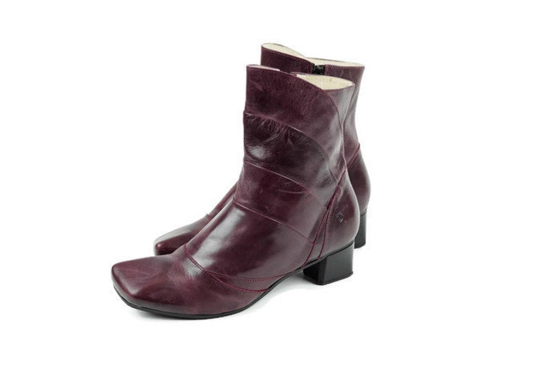 5c5fa49282fac TIGGERS Designer ankle boots Eu 39 Uk 6 US 8.5 Violet real leather womens  vintage boots Purple Ankle boots Ankle booties Heeled boots