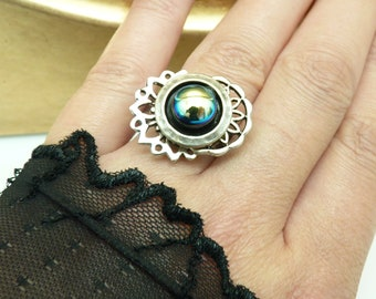 Small silver ring chiseled metal and blue glass indigo changing reflections MIMI adjustable adjustable