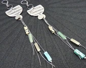 Boucles d'oreilles très longues en pierres semi-précieuses et métal argent vieilli MEDUSA option clips