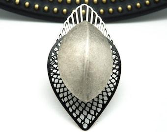 Très Grosse Bague argent et noir art déco métal et résine extra-légère NEO SCARAB réglable ajustable