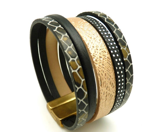 Black or satin leather cuff bracelet, magnetic clasp, magnetized, wide 3 cm SLOW