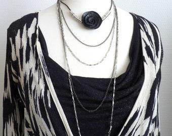 Collier long argent multi-chaînes, tour de cou fleur noire BLACKROSE dernière pièce