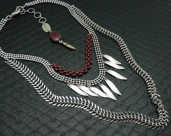 Ethnic plastron necklace 3 rows silver and burgundy metal and ruby stone jewel zoisite ASHBAL