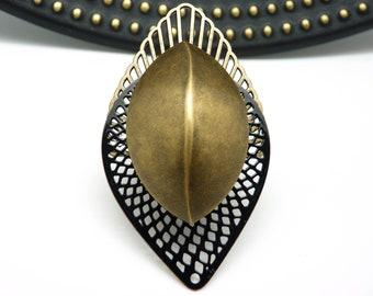 Très Grosse Bague longue art déco noir et bronze en métal et résine métallisée extra-légère  NEO SCARAB réglable ajustable