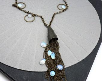 Long collier pierre, sautoir pompon métal bronze Pierre de Lune SOHO
