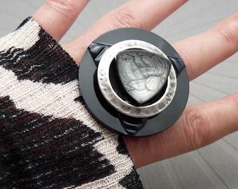 Grosse Bague graphique noir gris argent BLACKY réglable ajustable