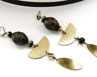 Boucles d'oreilles or vintage verre et résine noire NERFERTITI  option Clips