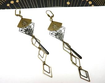 Boucles d'oreilles longues bronze et noir japonisante métal filigrane émail YUGAMI option clips