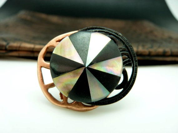 Black and copper ring in metal and beautiful mother-of-pearl pink brown, ethnic and graphic, adjustable adjustable CHAPITA adjustable