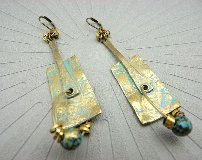 Featured listing image: Boucles d'oreilles bronze et bleu oxydé ethnique graphique tribal chic ART BRUT option Clips