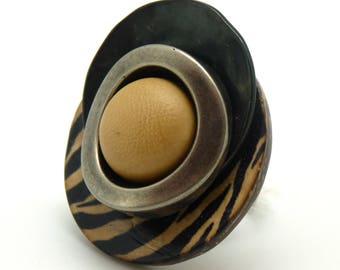 Grosse Bague bois zèbre métal résine ethnique ZEBRE réglable ajustable Best seller