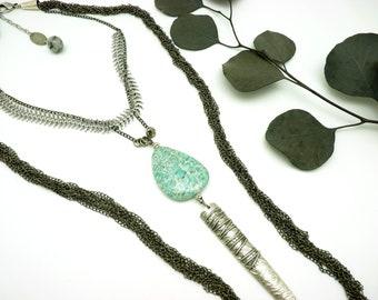 Collier long sautoir pendentif pierre bleu vert métal argent et gunmétal AMAZONITE
