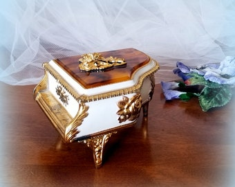 """50s """"AMAZING GRACE"""" Music Box - Baroque Grand Piano - Lovely Gift"""