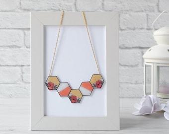 Choker hexagons flowers and gold