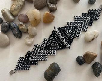 This Way and That Geometrical Peyote Bracelet Kit