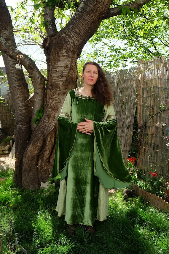 Dress Elven Medieval Celtic Gown Adorned With Celtic Braid Etsy